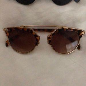 Free People Accessories - Cat eye sunglasses